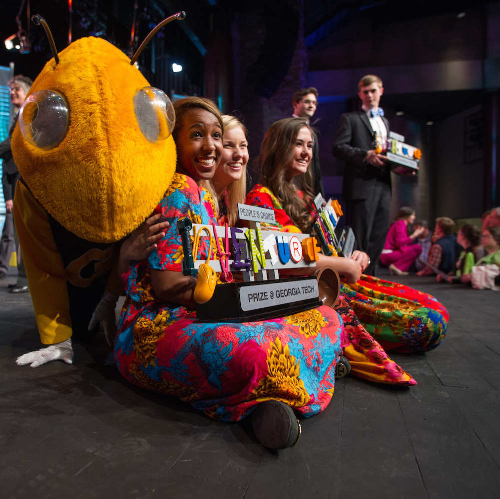 2014 InVenture Prize winners posing with Buzz.